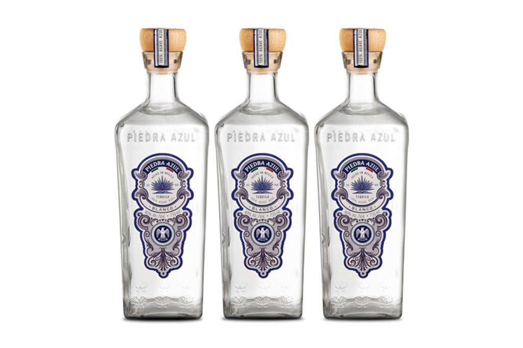 tequila blanco piedra azul